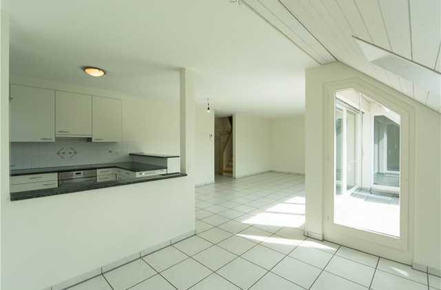Zum wohlfühlen Dach-Maisonette-Wohnung mit Atelier